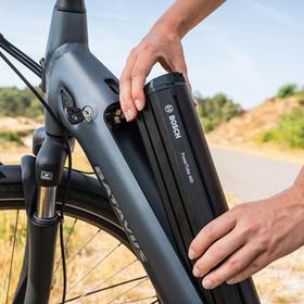 De accu van de elektrische fiets
