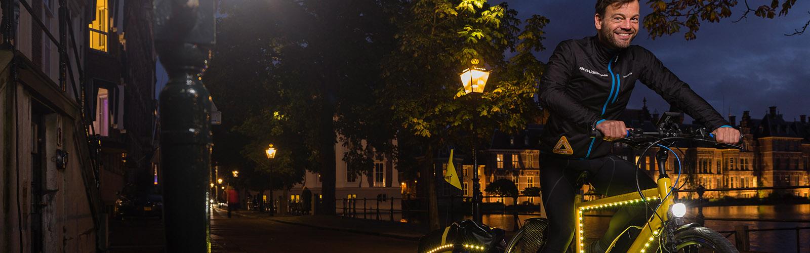 Samen uit. Samen thuis. Met de Nachtfietser. #lichtaan